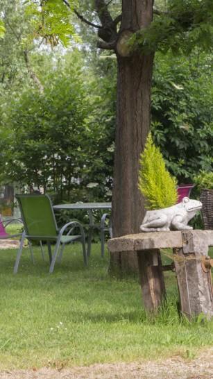 Hotel-Marais-Poitevin-Maison-Flore-Jardin