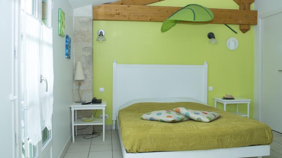 Hotel-Marais-Poitevin-Maison-Flore-Nenuphar-1